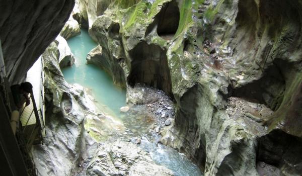Gorge of the Devil Bridge