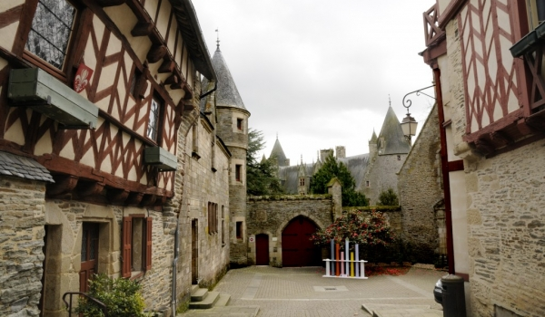 Josselin village