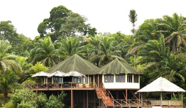 Loango main lodge