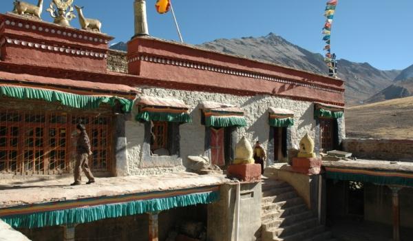 Ralun Monastery