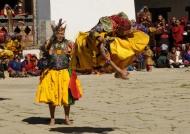 Acrobatic sacred dance