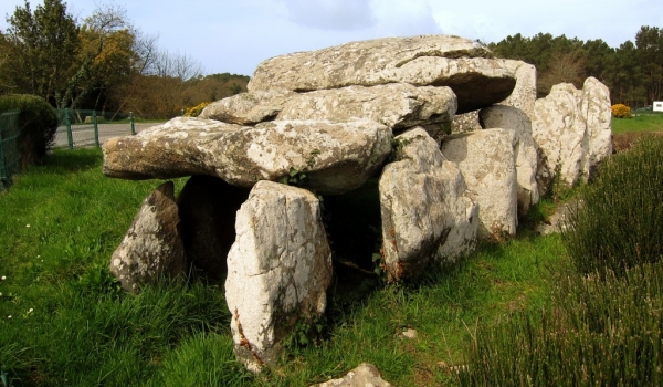 Kermario site – dolmen